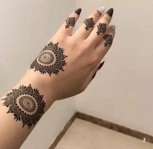 Easy Modern Mehndi Designs
