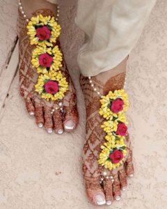 Floral Mehendi Accessory